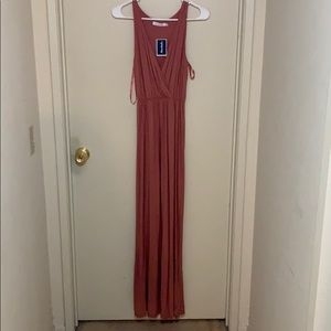 Lush maxi sleeveless dress